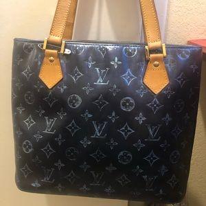 Louis Vuitton Vernis Houston 100%Authentic
